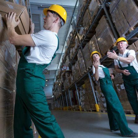 Vale a pena fazer um curso de logística?