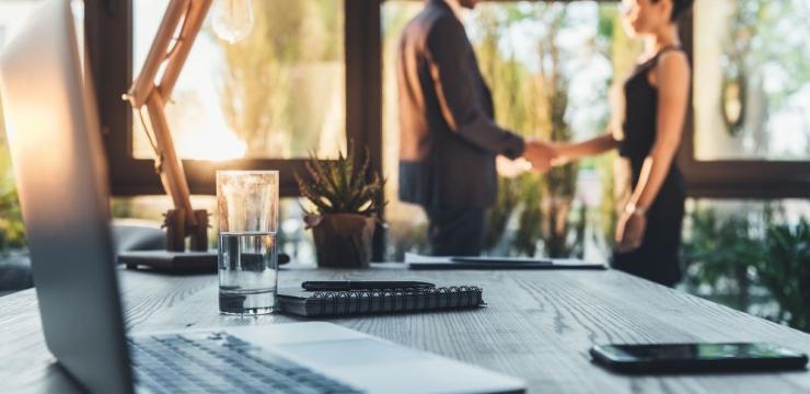 Aprenda o que é CRM e como ajuda sua empresa com os clientes